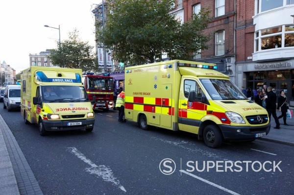 Stock Photo: 1566-1305031 dublin fire brigade emergency ambulances along oconnell street dublin republic of ireland
