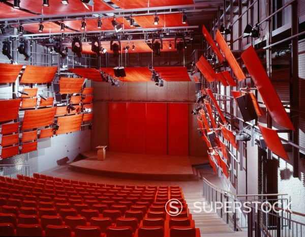 ZENTRUM PAUL KLEE, BERN, SWITZERLAND, RENZO PIANO BUILDING WORKSHOP, INTERIOR, 'FORUM' LECTURE THEATRE. : Stock Photo