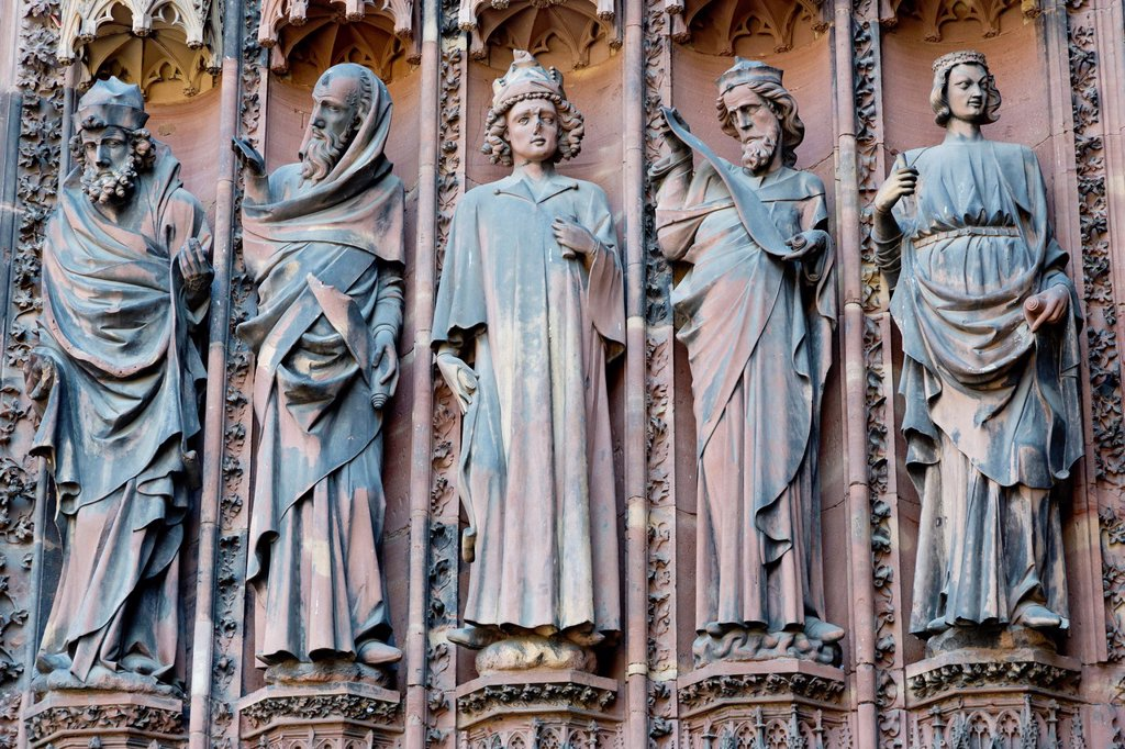 Stock Photo: 1566-1372396 Sculptures on the West Portal of the Cathedral in Strasbourg, France