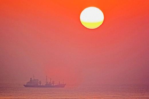 Sunrise on the Marine Parade pier. City of Durban. Kwazulu-Natal province. South Africa : Stock Photo