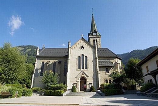 Church of St. Mary Madeleine (188, Neo-Gothic style), Praz-sur-Arly (Pays du Mont Blanc, Rhône-Alpes). Savoie, France : Stock Photo