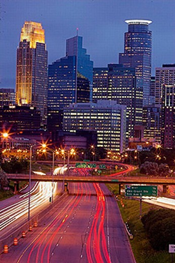 Skyline Minneapolis, Minnesota, USA (06/2005) : Stock Photo