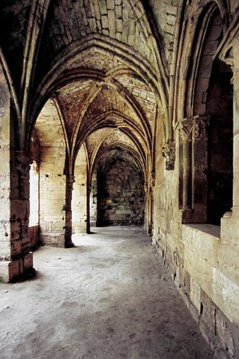 Arcade within the walls and inner defenses of the Krak des Chevaliers. Syria : Stock Photo