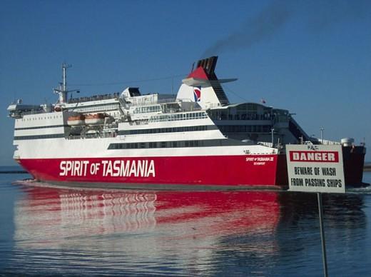 Stock Photo: 1566-251901 Spirit of Tasmania III leaving Devonport in Tasmania for Sydney in NSW.