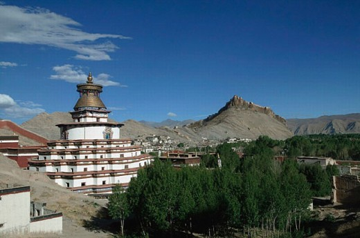 Pelkor Chodi monastery and Dzong fortress, Gyantse. Tibet : Stock Photo
