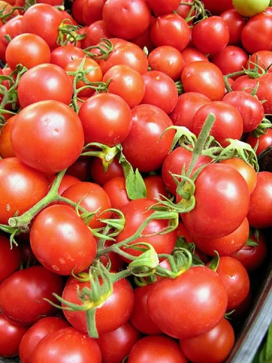 Tomatoes for sale in market. Camprodon. Girona province, Catalonia. Spain : Stock Photo