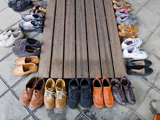 Shoes at Saiho-ji (aka Kokedera, ´Moss Temple´) buddhist temple, Kyoto. Kansai, Japan : Stock Photo