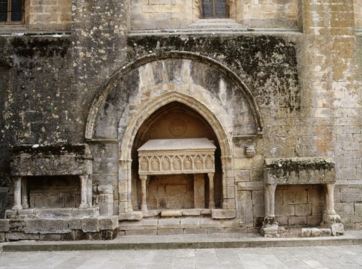 Stock Photo: 1566-258357 Sarcophagi. Cister route. Vallbona de les Monges. Urgell. Lleida province. Catalunya. Spain.