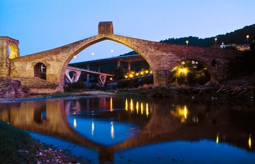 Stock Photo: 1566-258389 Roman and medieval bridge ´Del Diable´. Llobregat river. Martorell. Catalunya. Spain.