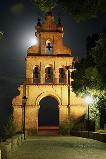 Portal con campanas de entrada a Castillo - fortaleza, Aracena - Huelva. : Stock Photo