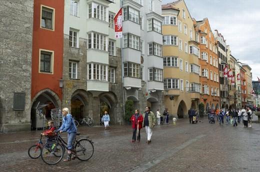 Herzog Friedrich Strasse, Innsbruck, Tirol, Austria : Stock Photo