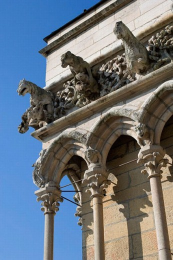 Detail of Notre-Dame church (1230-1250) considered the most beautiful example of Gothic architecture in Burgundy, Dijon. Côte-d´Or, Burgundy, France : Stock Photo