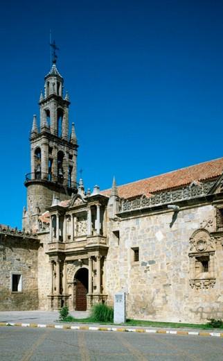 Stock Photo: 1566-272136 Iglesia de San Juan Bautista, Hinojosa del Duque, Cordoba province, Spain
