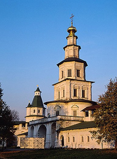 Stock Photo: 1566-272440 Church of the Entrance of the Lord into Jerusalem (1690-s), New Jerusalem monastery, Istra, Moscow region, Russia