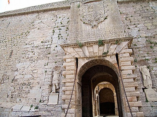Stock Photo: 1566-275771 Portal de Ses Taules. Renaissance walls town gate. Eivissa. Balearic Islands. Spain.