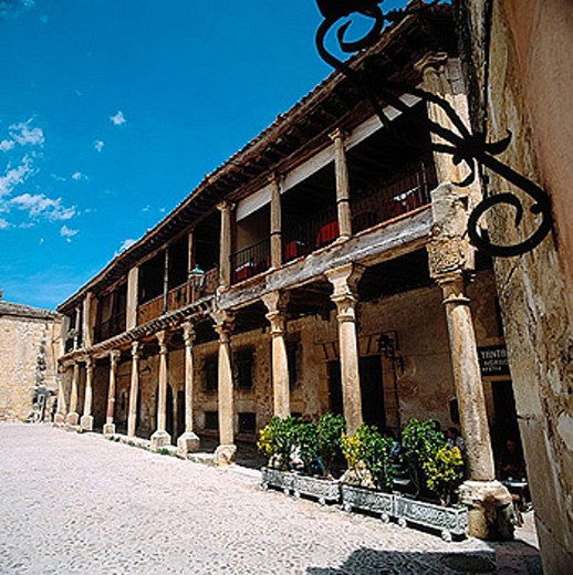 Stock Photo: 1566-276249 Main Square, Pedraza de la Sierra, Segovia province, Spain