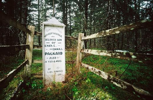 Stock Photo: 1566-279087 Cementery. Alaska