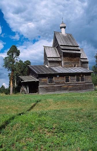 Stock Photo: 1566-280705 Wooden church of St. George (16th-17th century), Rodionovo. Leningrad Oblast, Russia
