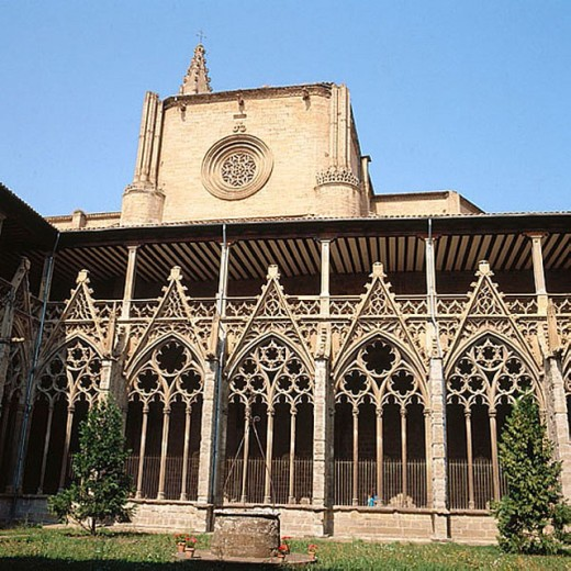 Stock Photo: 1566-280761 Cloister, Cathedral, Pamplona, Navarre, Spain