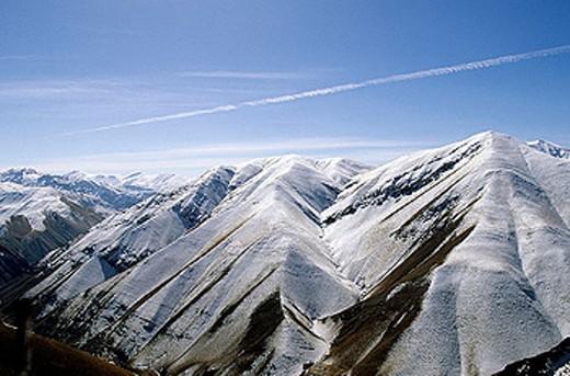 Alborz mountains, north of Teheran. Iran. : Stock Photo