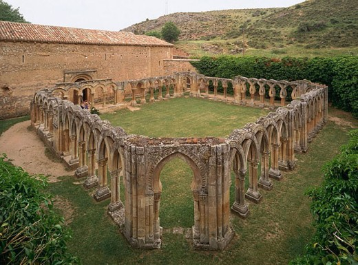 Stock Photo: 1566-288391 Arches in the cloister of San Juan de Duero (13th century) near Soria. Castilla-Leon, Spain