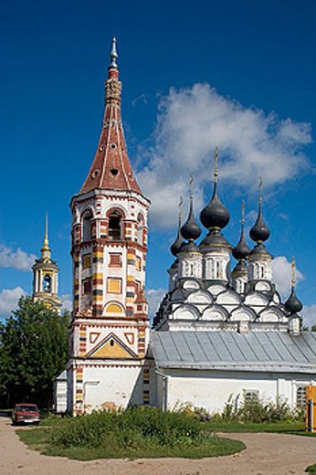Stock Photo: 1566-290112 Winter church of St. Antipas (1745) and summer church of St. Lazarus (1667), Suzdal. Golden Ring, Russia