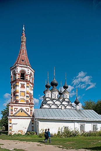 Winter church of St. Antipas (1745) and summer church of St. Lazarus (1667), Suzdal. Golden Ring, Russia : Stock Photo