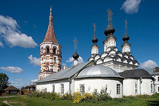 Stock Photo: 1566-290114 Winter church of St. Antipas (1745) and summer church of St. Lazarus (1667), Suzdal. Golden Ring, Russia