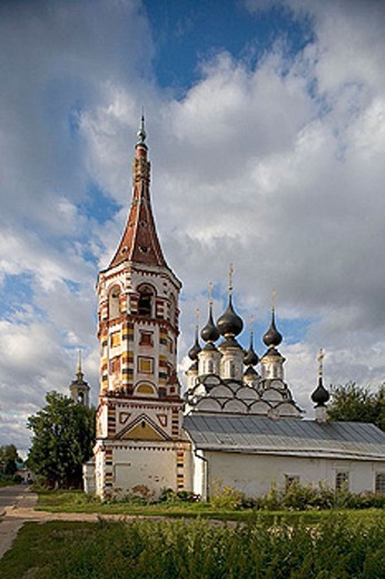 Stock Photo: 1566-290116 Winter church of St. Antipas (1745) and summer church of St. Lazarus (1667), Suzdal. Golden Ring, Russia