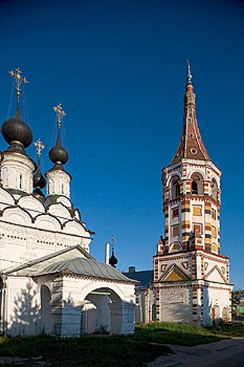 Stock Photo: 1566-290118 Winter church of St. Antipas (1745) and summer church of St. Lazarus (1667), Suzdal. Golden Ring, Russia
