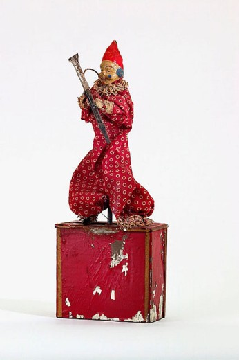 Stock Photo: 1566-290382 Old tin toy