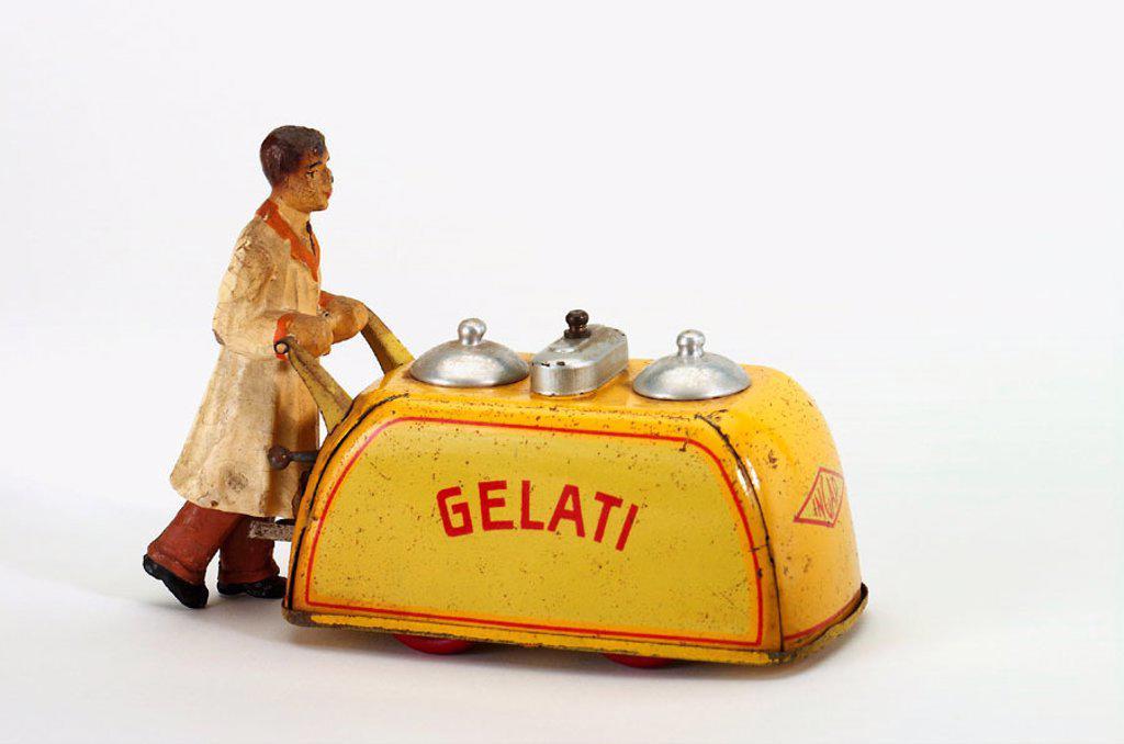 Stock Photo: 1566-290389 Old tin toy