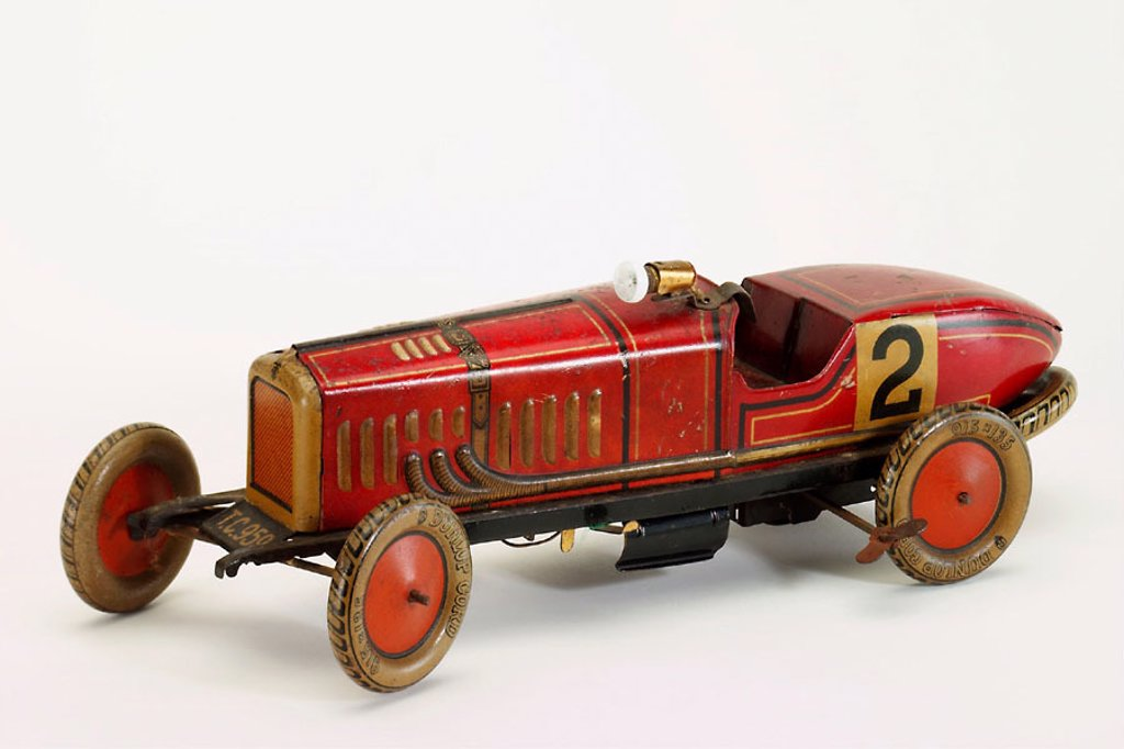 Stock Photo: 1566-290390 Old tin toy
