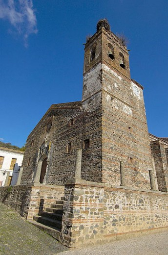 St. Martin´s church (14th-18th century), Almonaster la Real, Sierra de Aracena y Picos de Aroche Natural Park. Huelva province, Andalusia, Spain : Stock Photo