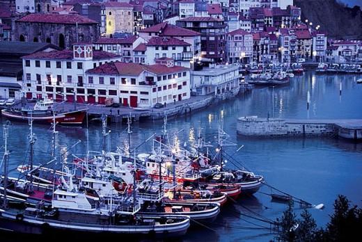 Stock Photo: 1566-292232 The fishing harbour at Bermeo. Vizcaya. Euskadi. Spain.
