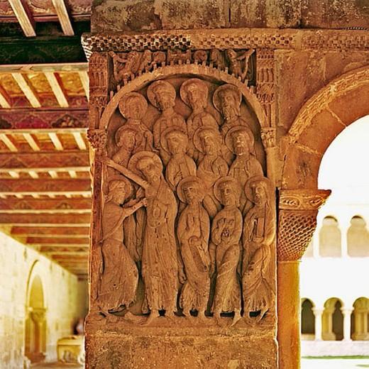 The Incredulity of Saint Thomas relief on pillar (c. 1073), Romanesque cloister of Santo Domingo de Silos benedictine monastery. Burgos province, Castilla-León, Spain : Stock Photo