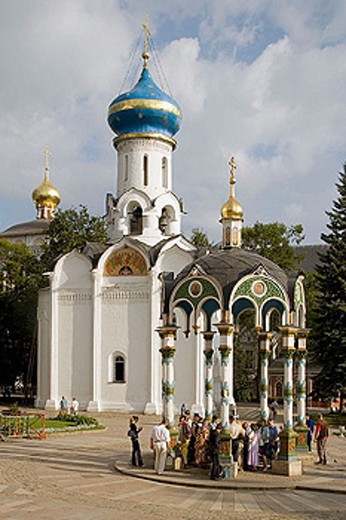 Stock Photo: 1566-295728 Chapel-over-the Well (1872) by Church of the Holy Ghost (1476-1477), Holy Trinity-St. Sergius Lavra (monastery), Sergiyev Posad. Golden Ring, Russia