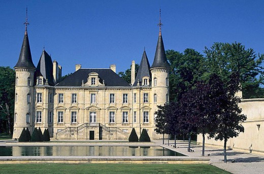 Château Pichon-Longueville (Pauillac). Grand Cru Classé. Médoc. Bordeaux.  France : Stock Photo