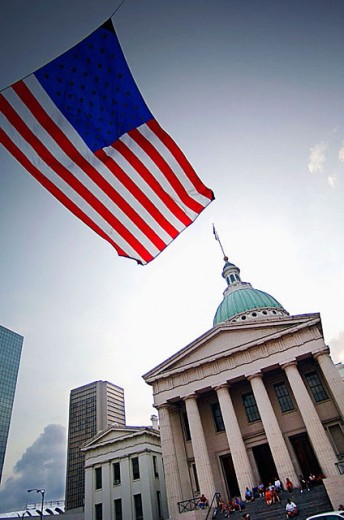 Stock Photo: 1566-311499 Courthouse with flag on July 4th, St. Louis. Missouri, USA
