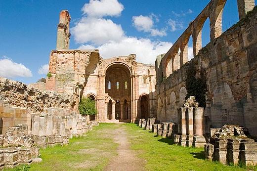 Church, ruins of Santa Maria de Moreruela Cistercian monastery (12th century). Zamora province, Castilla-León, Spain : Stock Photo