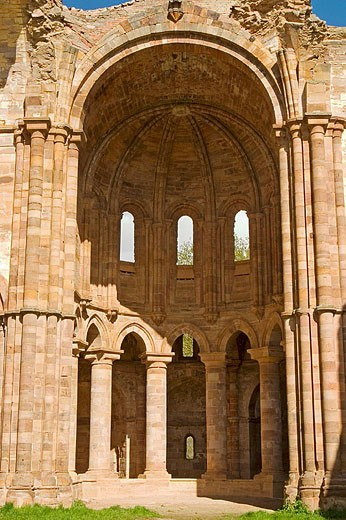 Apse of church, ruins of Santa Maria de Moreruela Cistercian monastery (12th century). Zamora province, Castilla-León, Spain : Stock Photo