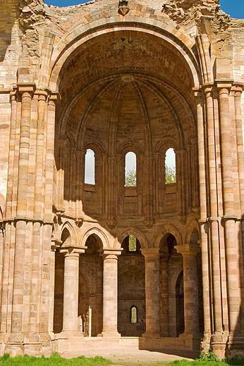Stock Photo: 1566-312202 Apse of church, ruins of Santa Maria de Moreruela Cistercian monastery (12th century). Zamora province, Castilla-León, Spain