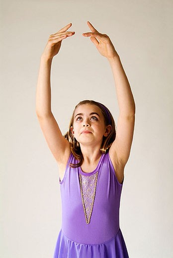 ballet dancer, 10 years old, fifth position : Stock Photo