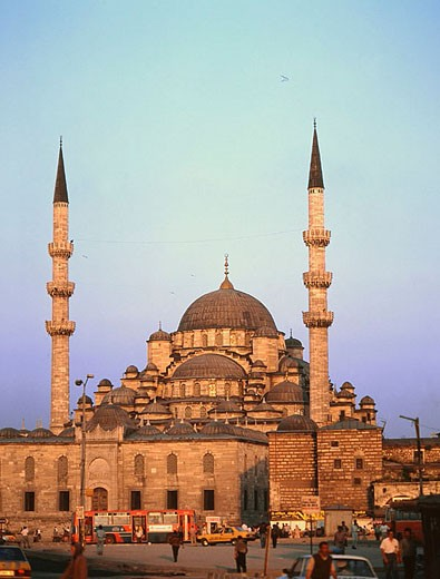 Stock Photo: 1566-317018 Yeni Mosque. Istanbul. Turkey