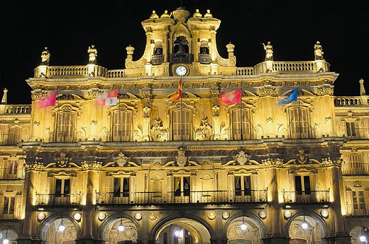 Town Hall at Main Square. View at nigth, Salamanca province. Castilla y León, Spain. : Stock Photo