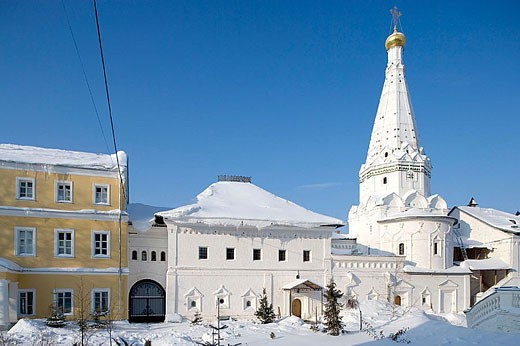Stock Photo: 1566-320920 Church of SS Zosima and Savvaty, 17th century. Holy Trinity-St. Sergius Lavra (monastery), Sergiyev Posad. Golden Ring, Russia
