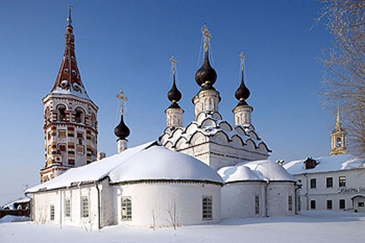 Stock Photo: 1566-321358 The summer Church of St Lazarus, 1667, the winter Church of St Antipas, 1745. Suzdal. Golden Ring, Russia