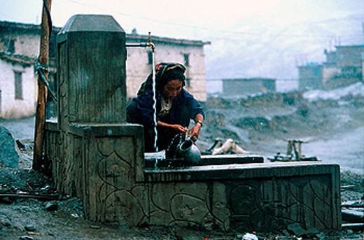 Fountain. The Himalayas. Nepal : Stock Photo