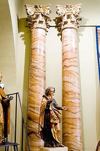 Murteira antiquity shop, rua Augusto Rosa 21. Lisbon. Portugal. : Stock Photo