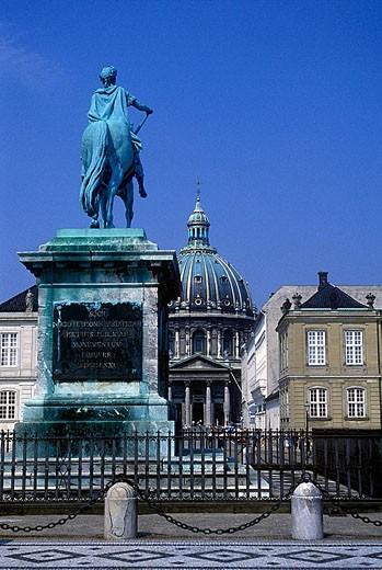 Stock Photo: 1566-333996 Marble church & amalie garden, Copenhagen, Denmark.